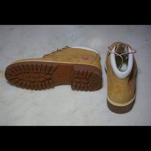 Timberland Waterproof Leather Boots Wheat Size 9M